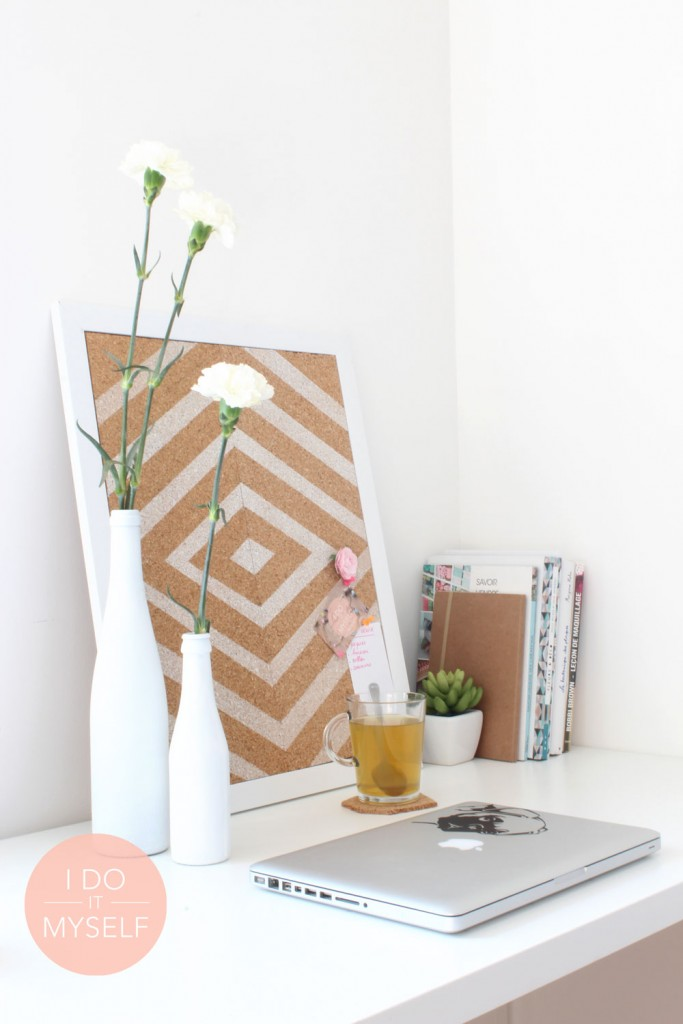 Diy 13 bureau le tableau inspirations i do it myself - Cadre en liege ...