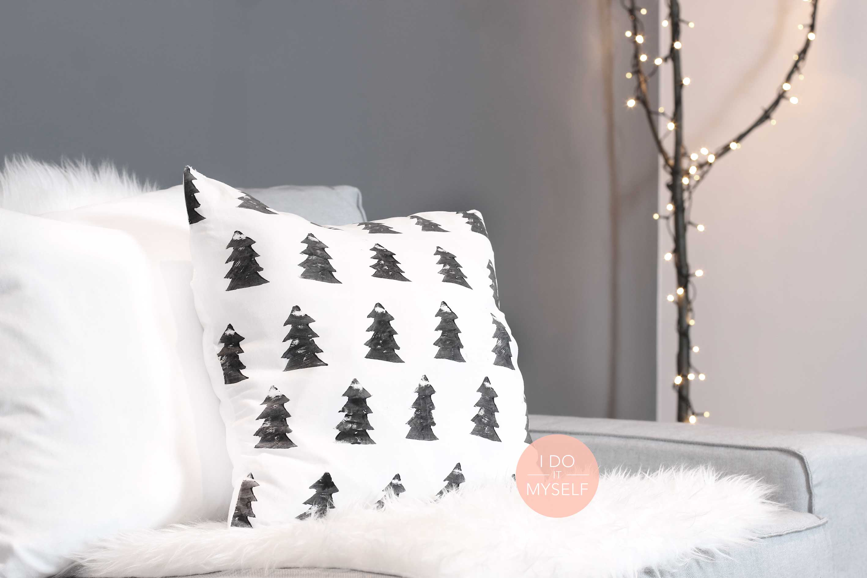 diy 41 le coussin sapin r alis avec des mat riaux de. Black Bedroom Furniture Sets. Home Design Ideas