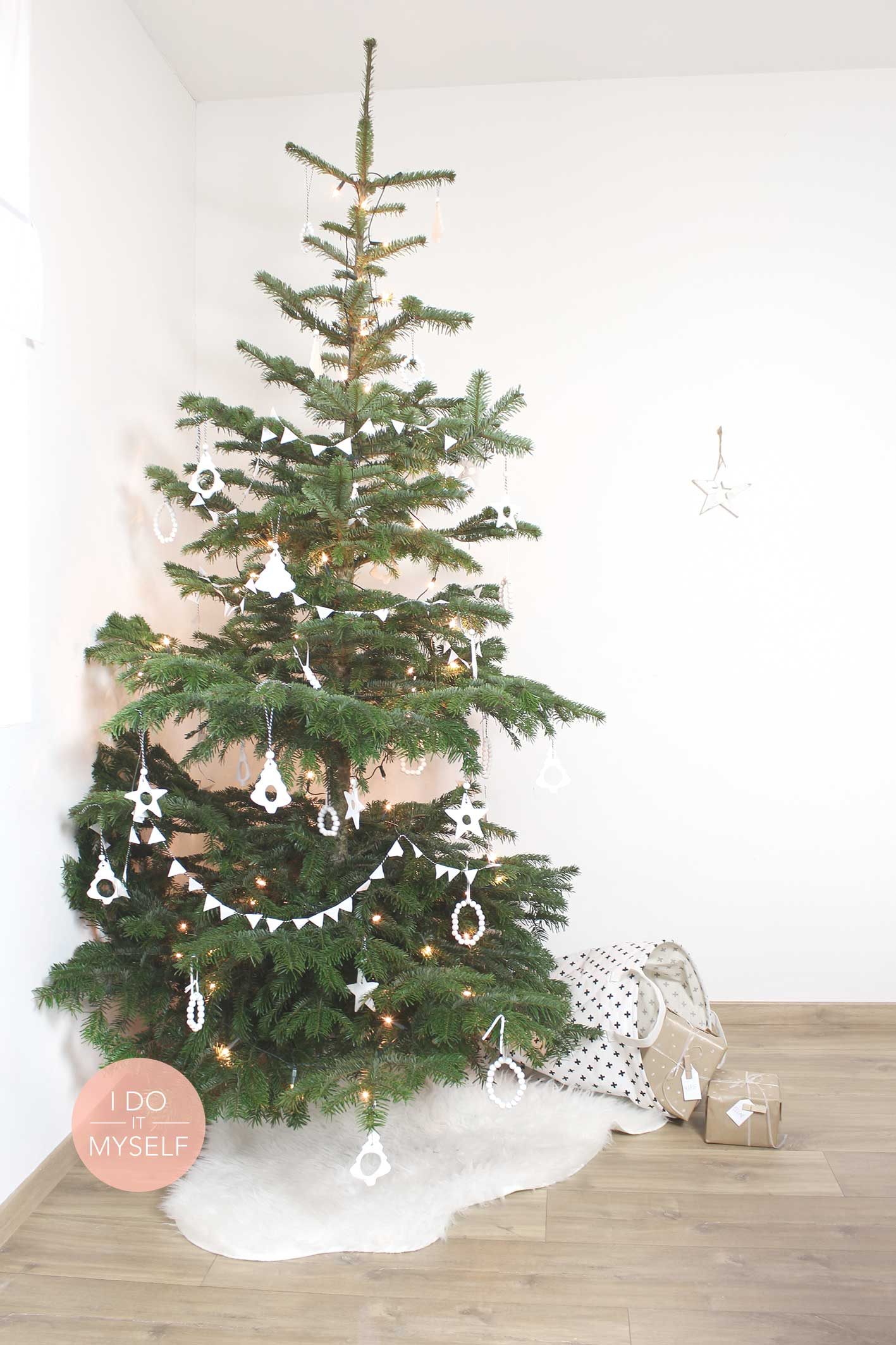 Diy 44 un sapin de no l diy i do it myself - Sapin de noel diy ...