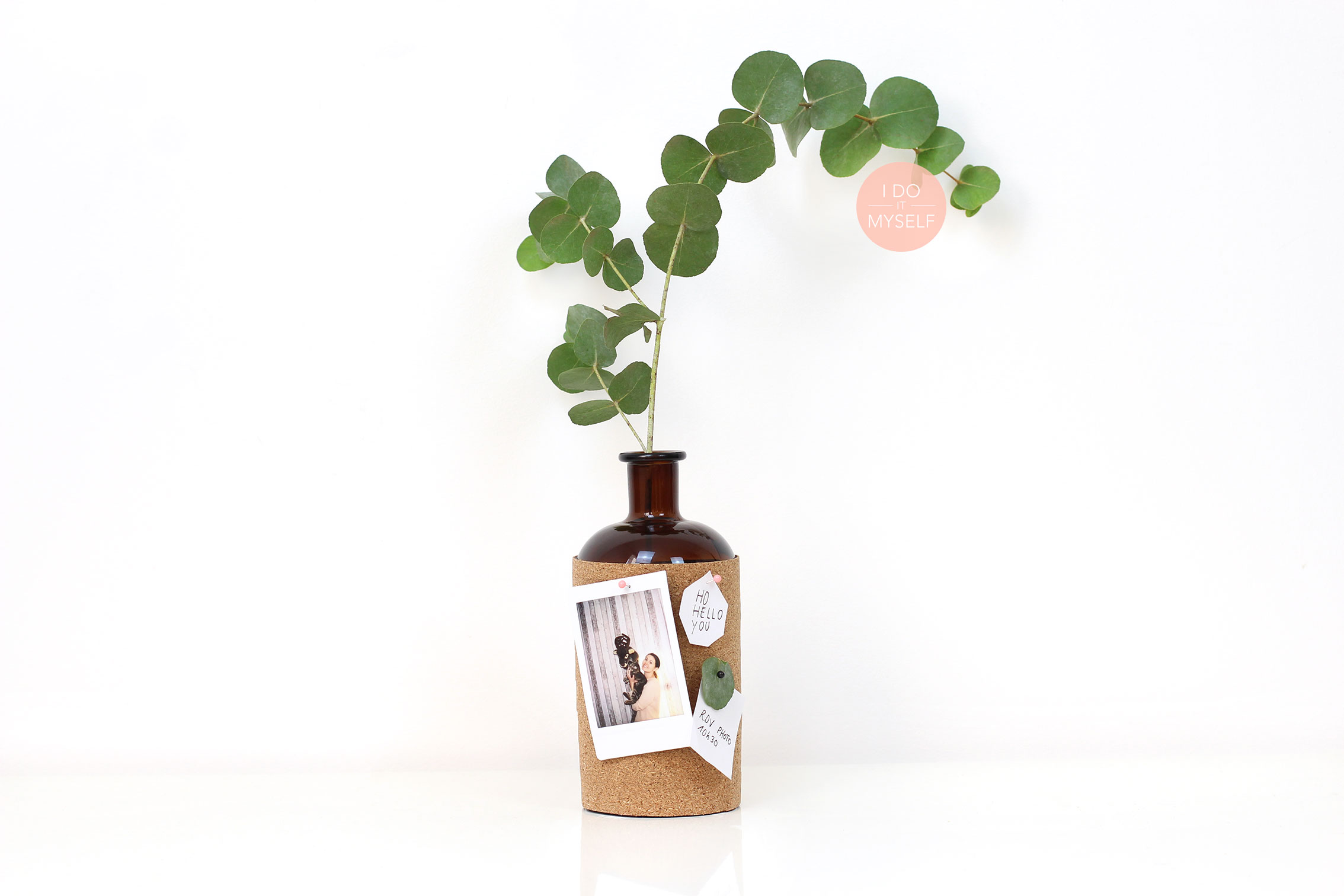 DIY cork bottle for a small desk