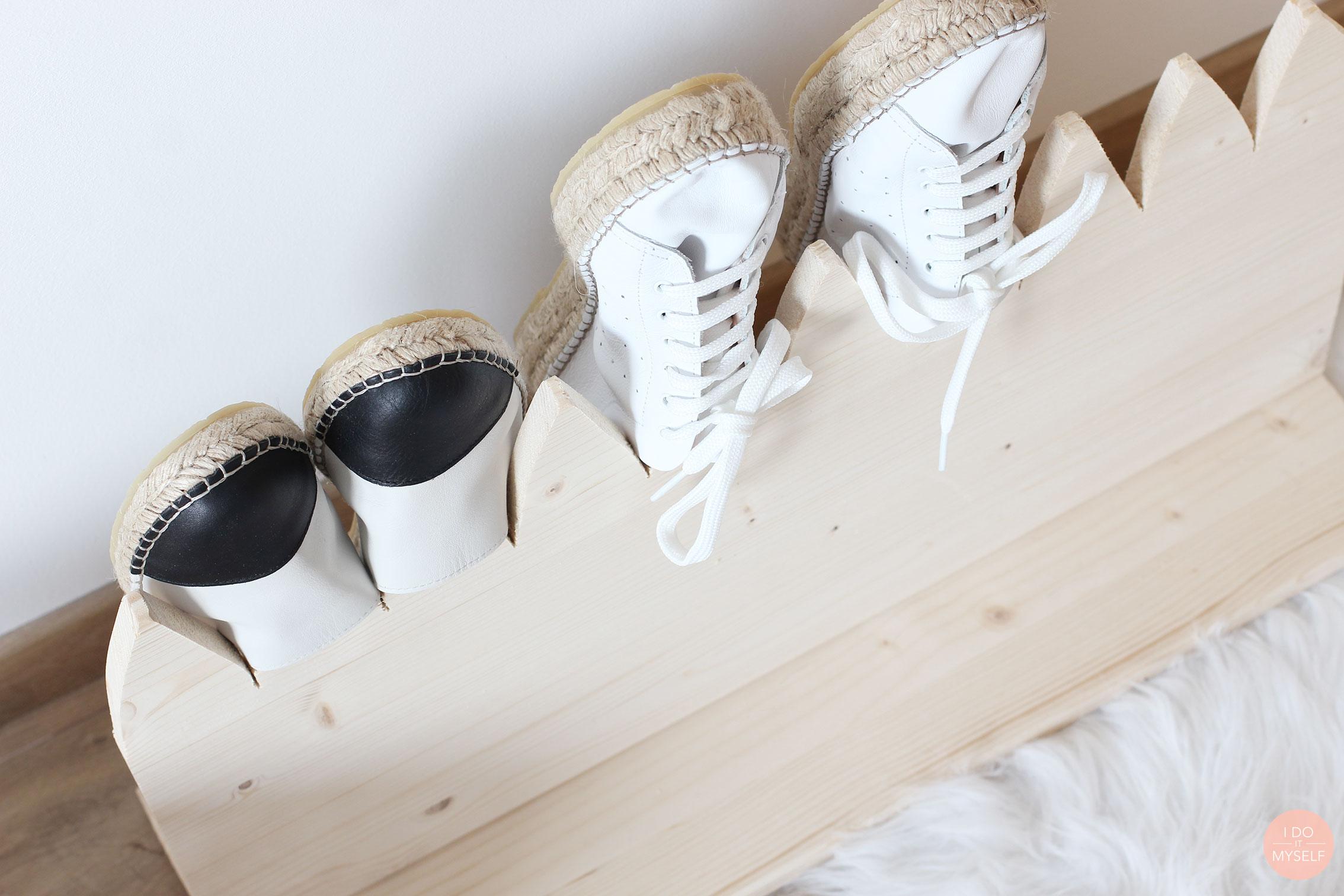 DIY shoes storage